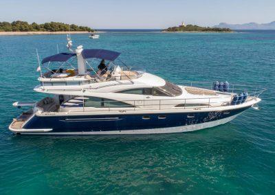Repairing a luxury yacht with AVKO